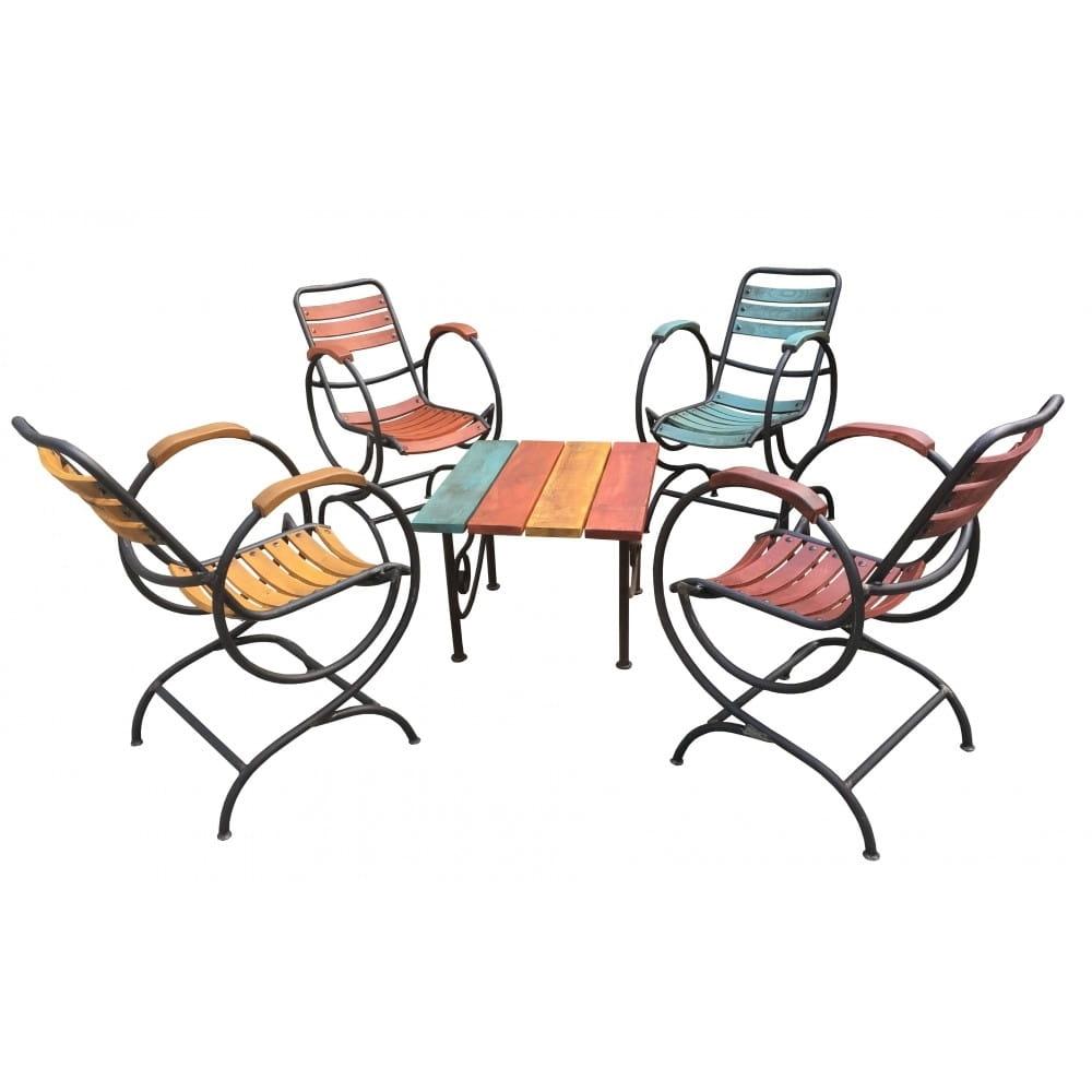 Salon de jardin en fer forgé et bois teinté, vernis extérieur. Mobilier de  jardin de qualité avec finition originale et colorée.