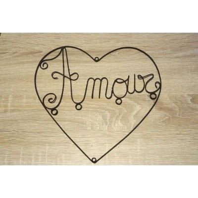 """Mot """"Amour"""" en fer - décoration murale"""