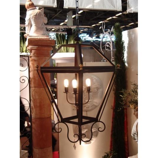 Lampadaires, lanternes, lustres